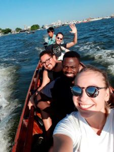 Indo para Bang Krachao de barco