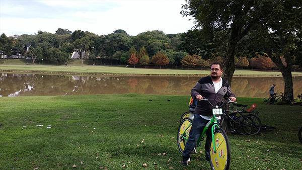 De bike em Curitiba